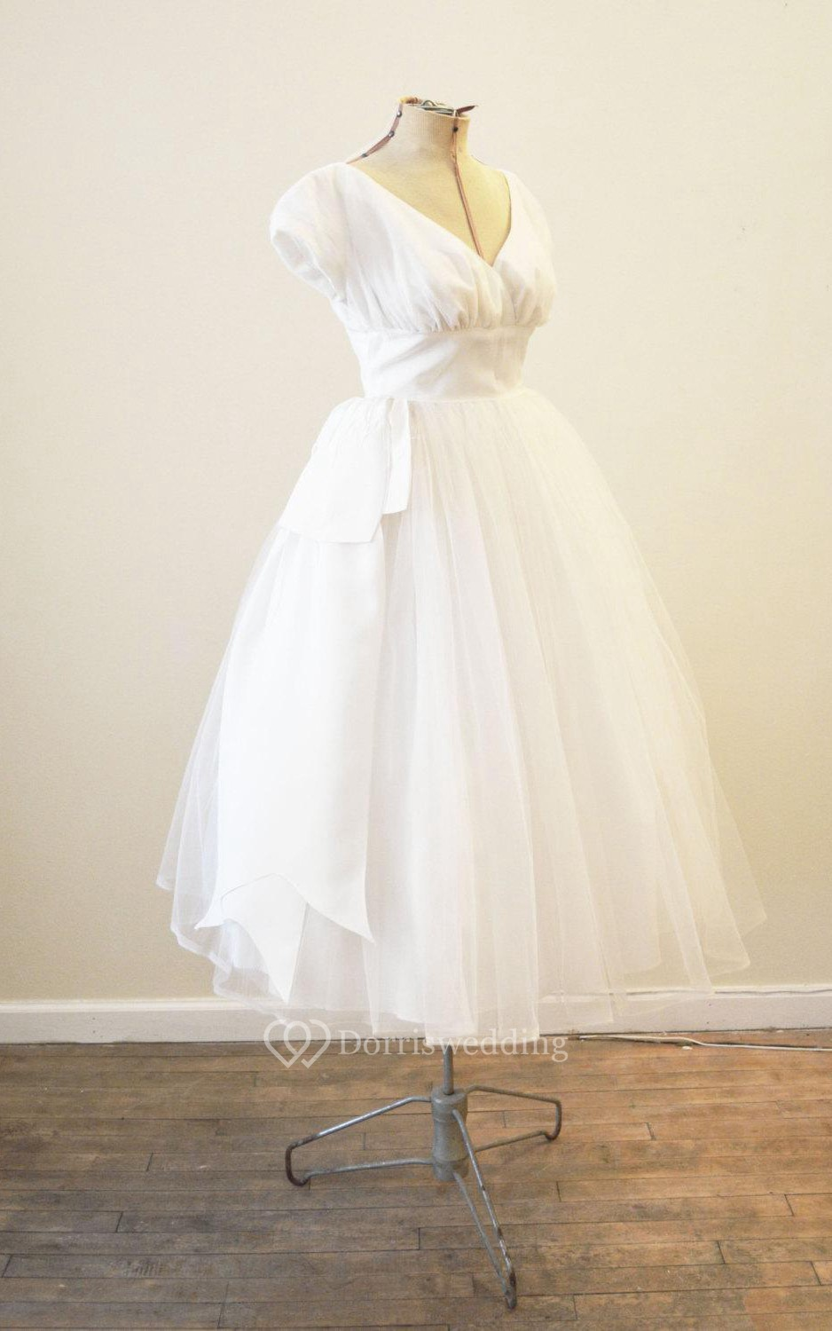 Vintage Tulle Short Sleeve V Neck A Line Dress With Pleats
