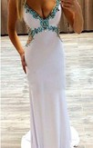 Glamorous Beadings Crystal V-Neck Evening Dress 2016 Sleeveless Long Party Gowns