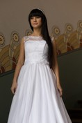Sleeveless A-Line Bridal Dress With Jewel Neck and Keyhole Back