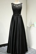 Scoop Neck Sleeveless Lace Bodice Satin A-line Long Dress With Belt