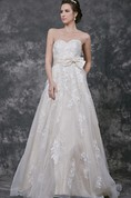 Sweetheart A-line Organza Gown With Bow and Lace Appliques