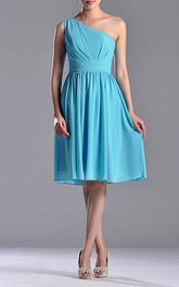 Knee-length One-shoulder A-line Pleated Chiffon Bridesmaid Dress