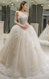 Sweetheart Appliques Bowknot A-line Wedding Dress