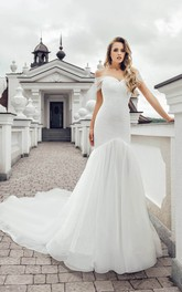 Luxury Off-the-shoulder Trumpet Chiffon and Lace Wedding Dress