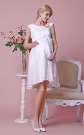 Graceful Scoop Neck Cap-sleeved Knee Length Lace Dress With Satin Bow