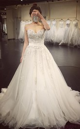 Elegant Sweetheart Beaded Appliques A Line Court Train Wedding Dress