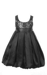 Sleeveless A-line Sequined Dress With Pleats