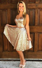 A-line Sleeveless Sequins V-neck Knee-length Homecoming Dress