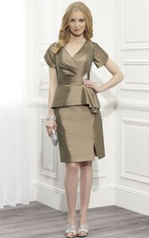 Knee-Length Pencil V-Neck Short Sleeve Satin Mother Of The Bride Dress With Broach