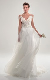 Romantic Lace And Tulle Deep V Back Wedding Dress