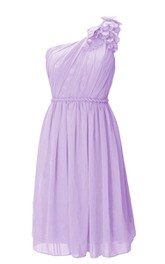 Elegant Petal One-shoulder Pleated Chiffon Short Dress