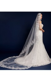 Beautiful Korean Style Chapel Wedding Veil with Lace Edge