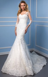 Mermaid 3-4 Sleeve V-Neck Appliqued Lace Wedding Dress With Chapel Train