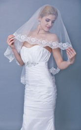 One Tier Floral Lace Trim Mid Veil