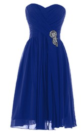 Sweetheart Knee-length Pleated Chiffon Dress With Crystal Stones