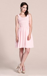 Sleeveless Chiffon Dress With Scoop Neck