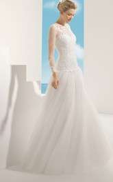Long-Sleeved Delicate Ruffled Dress With Lacy Bodice
