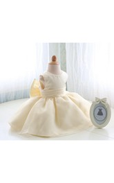 Scoop Neck Sleeveless Empire Pleated Organza Short Dress With Back Bow