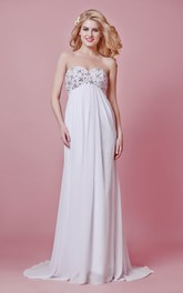 Chic Sweetheart Long Chiffon Wedding Dress with Empire Waist