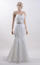 Sweetheart Lace Mermaid Sleeveless Dress With Crystal Detailed Waistbelt and Flower