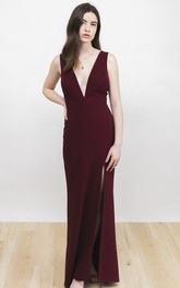 Front Split Sexy Plunging Neckline And Deep V-back Sleeveless Burgundy Dress