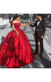 Off-the-shoulder Cap Short Sleeve Floor-length Tulle Ball Gown Dress
