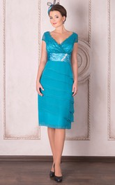 Knee-Length Tiered V-Neck Cap Sleeve Chiffon Mother Of The Bride Dress