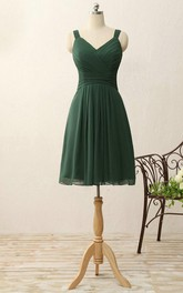 Short V-neck A-line Knee-length Pleats Chiffon Dress