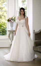 Ball Gown Floor-Length Queen Anne Sleeveless Satin Court Train Lace-Up Back Appliques Dress