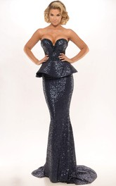 Sheath Sweetheart Sleeveless Peplum Long Sequins Prom Dress With Backless Style And Brush Train