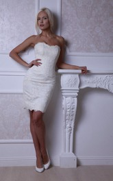 Form-Fitted Strapless Short Lace Dress With Lace-Up Back