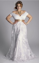 Plus Size Off-Shoulder A-Line Vintage Lace Floor Length Wedding Gown With Sash