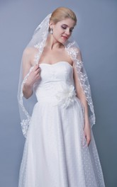 Two Tier Mid Length Lace Edge Veil