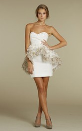 Noble Sweetheart Neckline Satin Mini Dress With Ombre Pleated Peplum