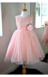 Scoop Neck Sleeveless Pleated Ankle Length Tulle Dress With Flower Sash