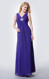 Sleeveless V Neck Pleated Chiffon Gown With Crystal-detailing