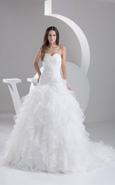 Sweetheart Ruffled Criss-Cross Ball-Gown With Flower