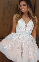 A-line Ball Gown Sleeveless Lace V-neck Zipper Short Mini Homecoming Dress