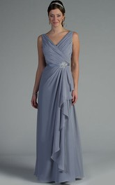 V Neck Sleeveless Side Drape Chiffon Long Mother Of The Bride Dress With Crystal Satin Sash