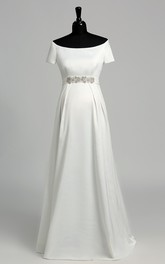 A Line Celebrity T-shirt Short Sleeve Maternity Wedding Dress