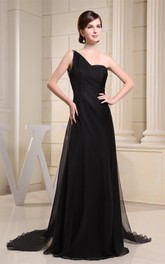 Simple Crystal Long Detailing One-Shoulder Brush Train and Dress With Beading
