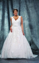 Ball Gown Floor-Length V-Neck Sleeveless Lace Sweep Train Lace-Up Back Appliques Dress
