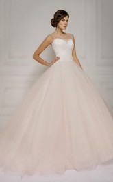 A-Line Maxi Bateau-Neck Sleeveless Lace-Up Tulle Dress With Lace Appliques And Keyhole