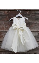 Flower Girl Scoop Neckline Sleeveless Tulle Ball Gown With Bow Sash