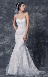 Sweetheart Strapless Mermaid Gown With Lace Applique