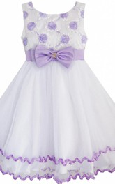 Sleeveless A-line Dress With Bow and Flowers