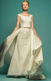 Appliqued Square-Neck Long Satin Wedding Dress With Bow