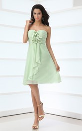 Sweetheart Chiffon Knee-Length Dress With Ruching and Flowers