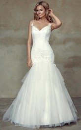 Mermaid Sleeveless Floor-Length Appliqued Spaghetti Lace&Tulle&Satin Wedding Dress With Ruffles And Backless Style