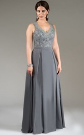 Scalloped V Neck Lace Top A-Line Pleated Long Mother Of The Bride Dress With Back Keyhole